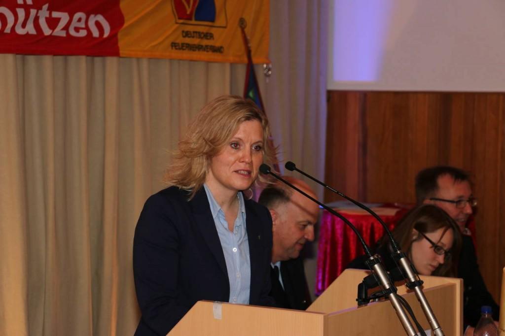 Die stellvertretende Bürgermeisterin der Wedemark, Rebecca Schamber