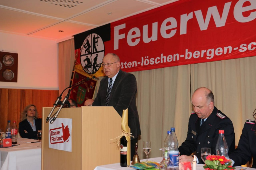 Der Vorsitzende des Ausschuss für Feuerschutz und Öffentliche Ordnung Jürgen Benk